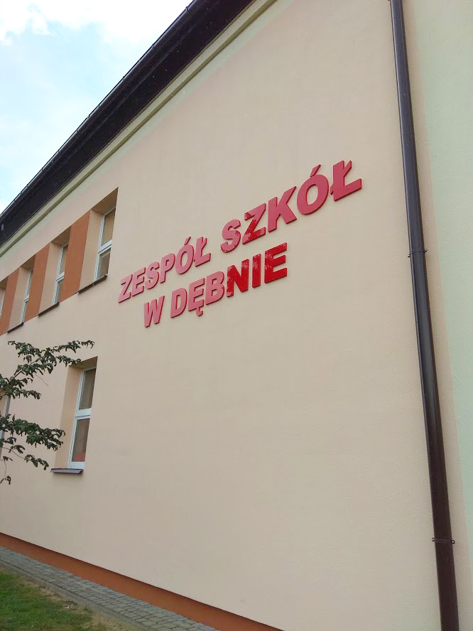 Agencja Reklamowa DKAmedia - Oferta Reklama - Litery 3D - realizacja oraz montaż liter 3D dla Zespołu Szkół w Dębnie