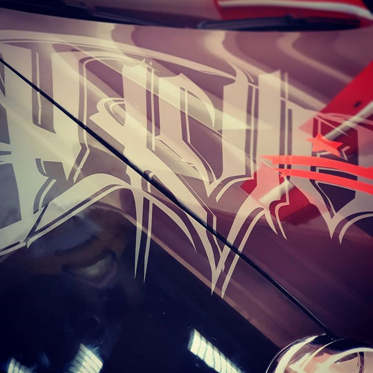 Oklejanie Przód Opel z bliska